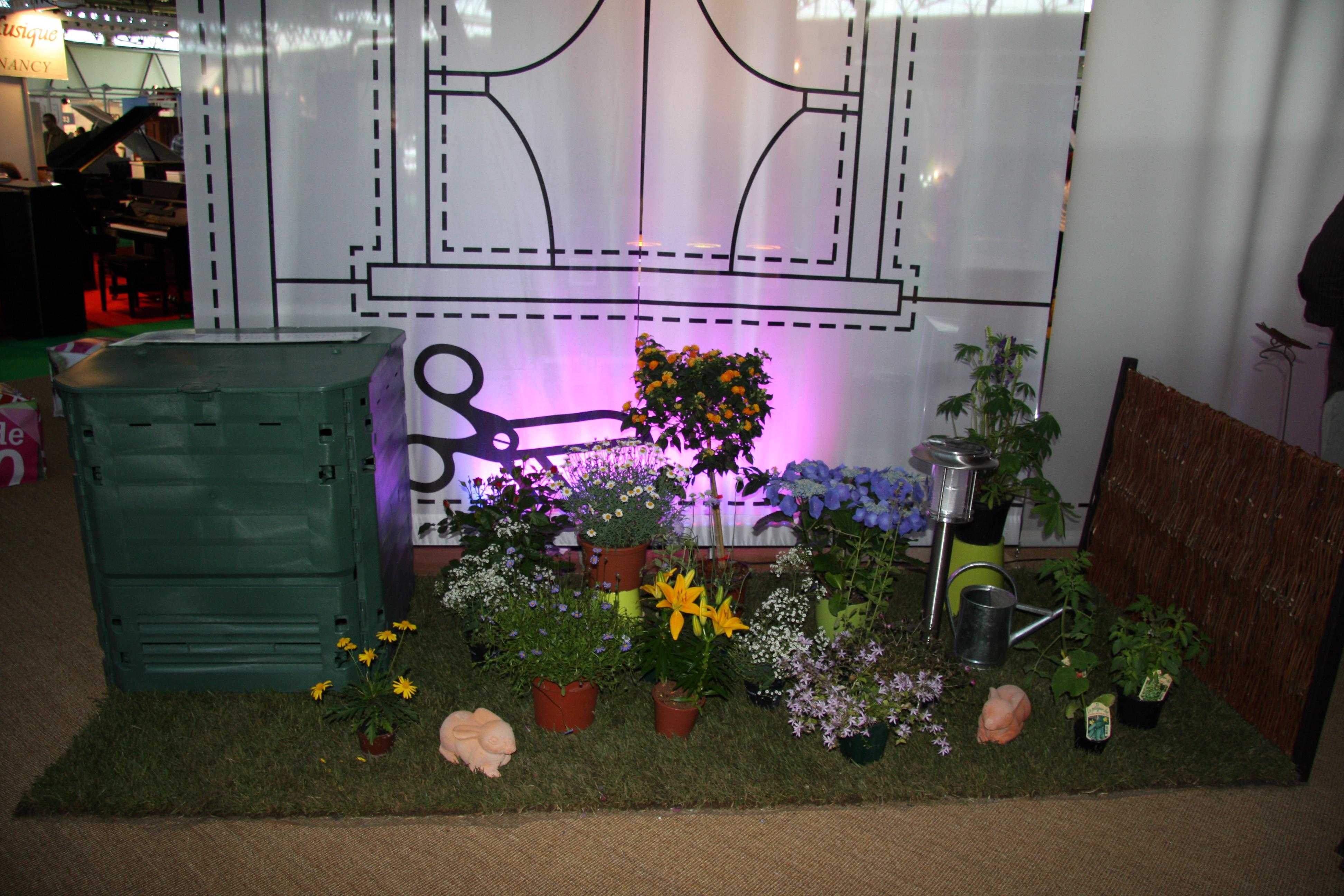 stand foire de nancy maison de la propret du grand nancy sev communication. Black Bedroom Furniture Sets. Home Design Ideas